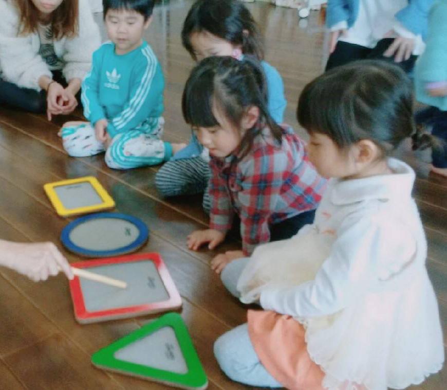 Square_2〜3歳リトミック
